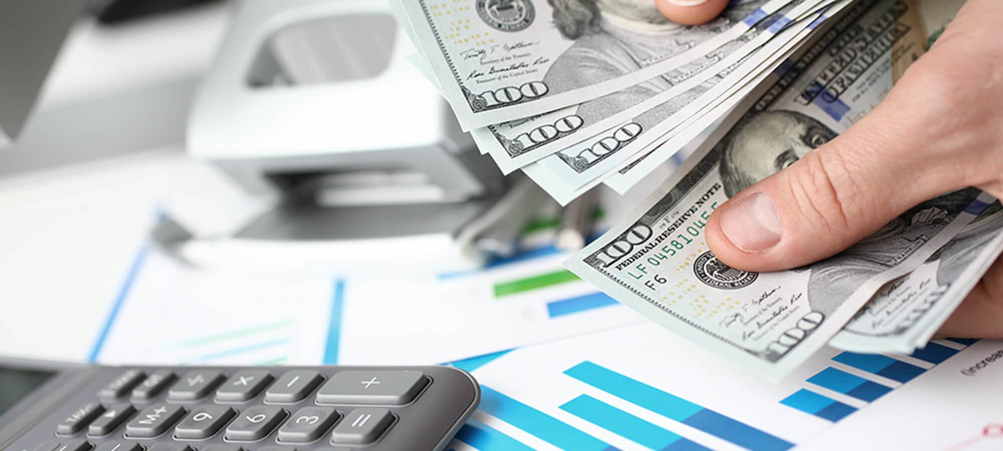 米ドルや円建で保険料を運用しながら退職金原資を積み立て